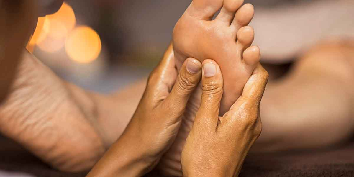 Reflexology-amazing deep pressure massage